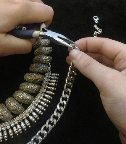 collar moderno casero