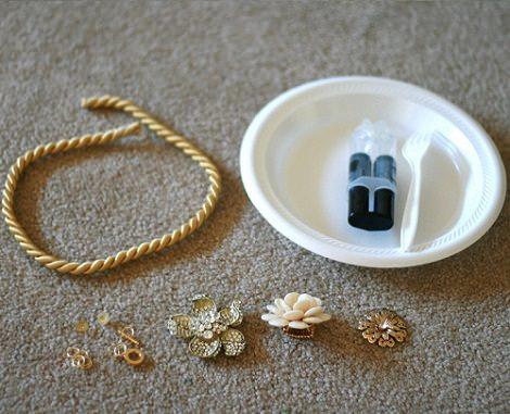 materiales collar flores