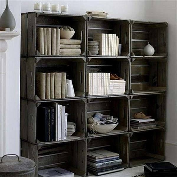 estanteria-hecha-con-cajas-de-madera
