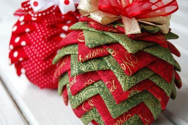 como-hacer-una-bola-de-navidad-con-patchwork