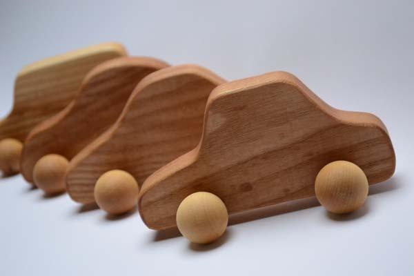 como-hacer-coches-de-juguete-con-madera